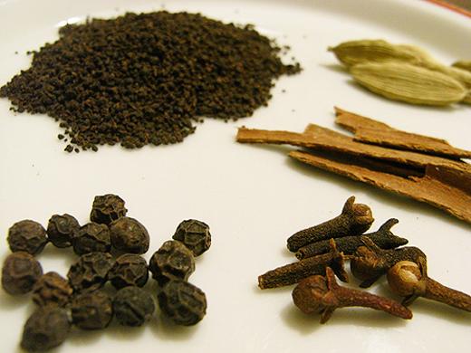 img_chai_spices.jpg