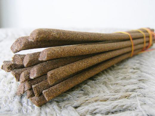 img_incense.jpg